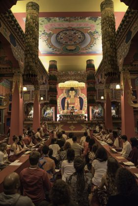 Templo budista Odsal Ling - embudasartes.net - Tudo sobre Embu das Artes