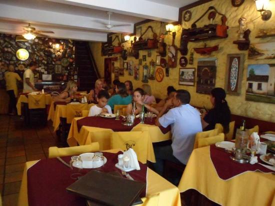 Tutus restaurante - embudasartes.net - Tudo sobre Embu das Artes