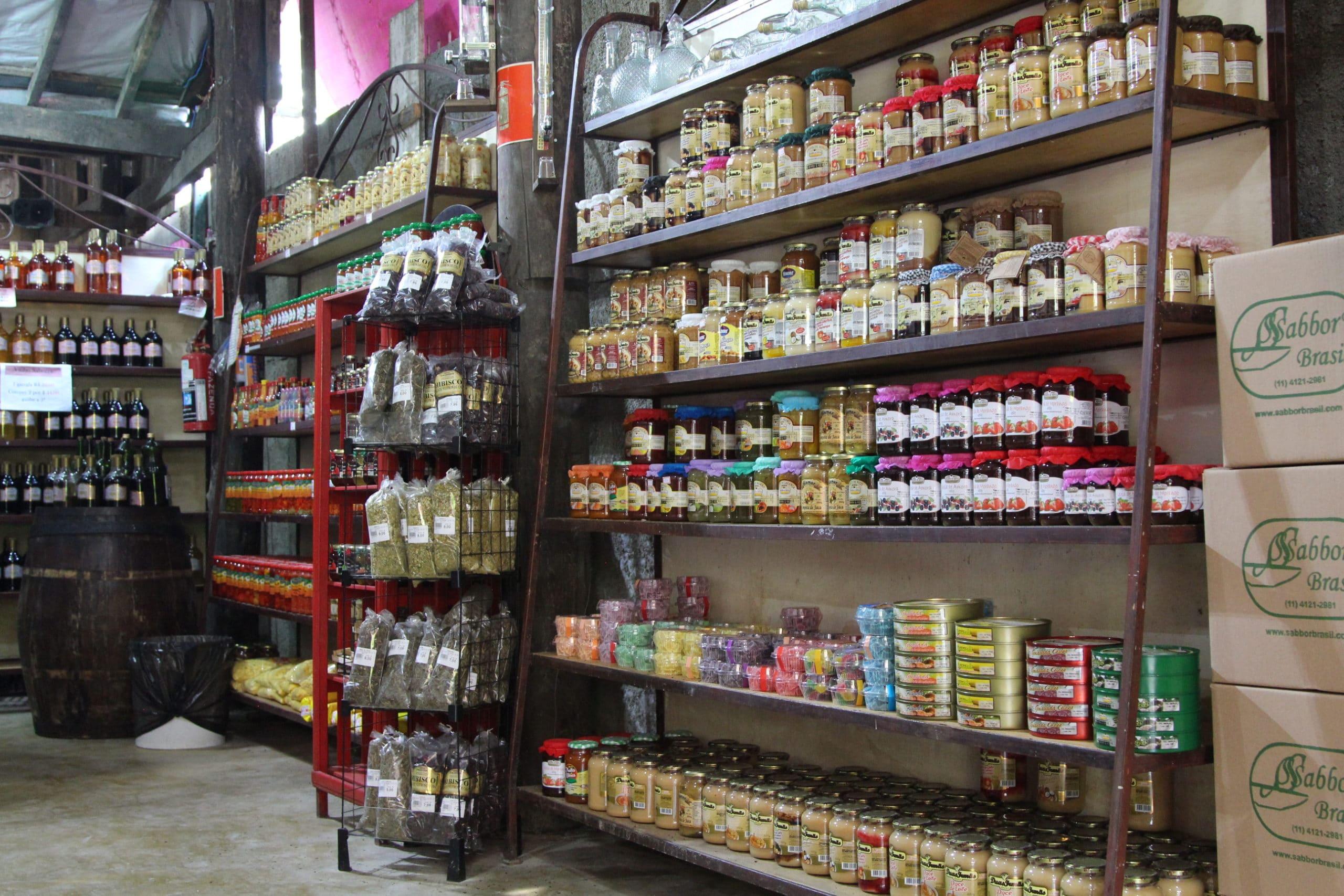 Da Fazenda Armazém - cachaçaria - embudasartes.net