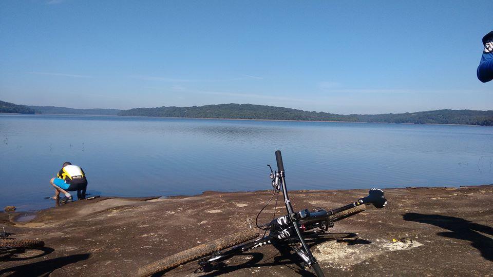 Conheça as trilhas de Embu das Artes com Nando Bikers Coach
