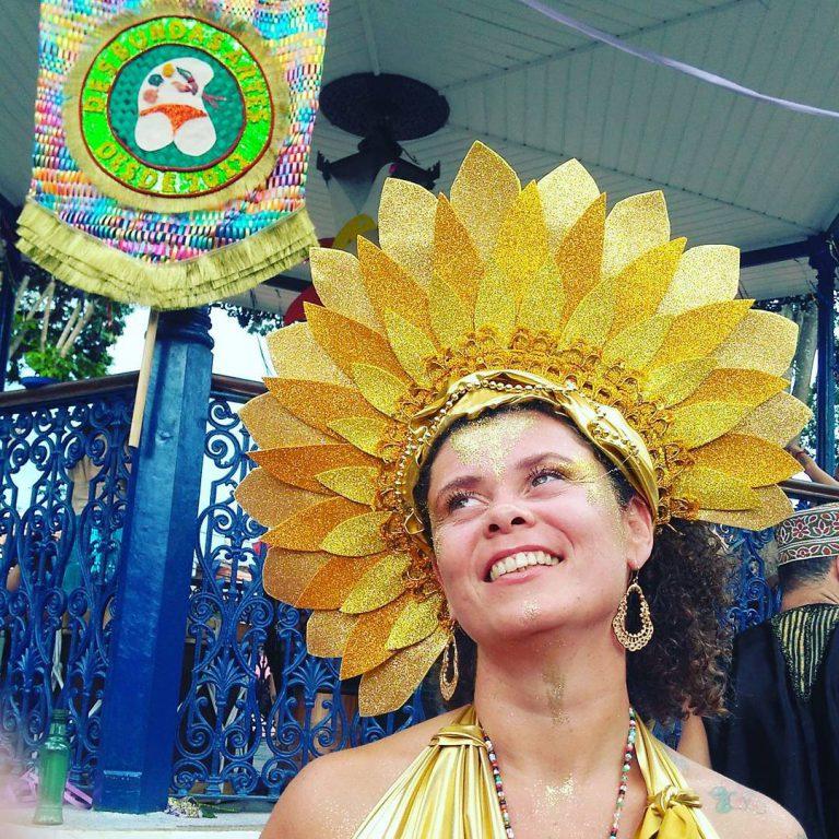 Conheça o Desbundas Artes, o bloco que agita o Carnaval de Embu das Artes