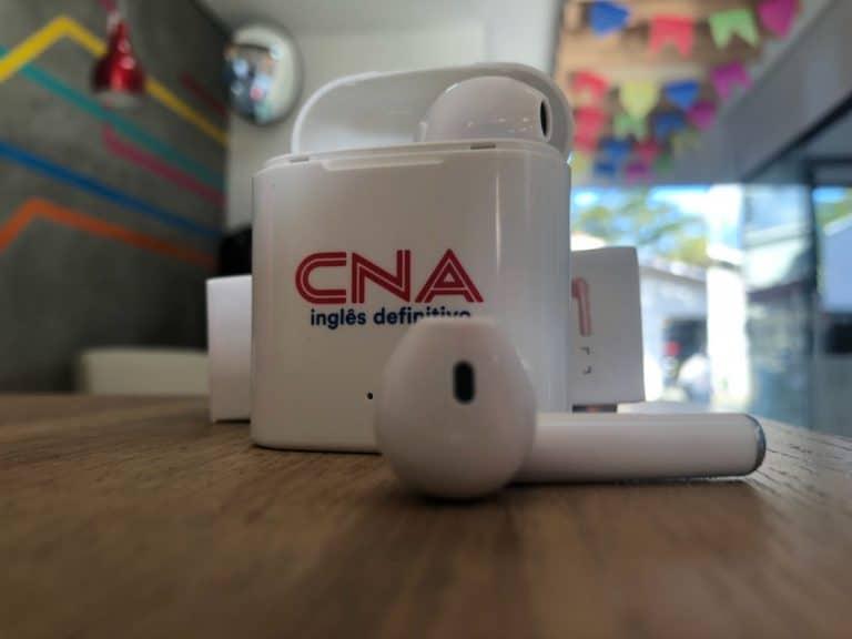 Matrícula no CNA: ganhe um fone bluetooth e 75% de desconto